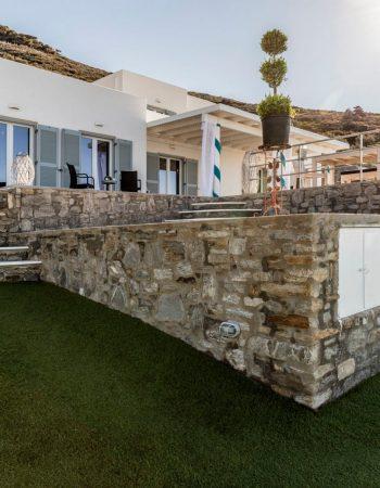 Villa Nelly