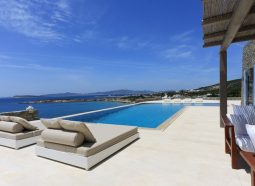 Villa-Agassi-Paros-Lauren-Berger-Collection-10