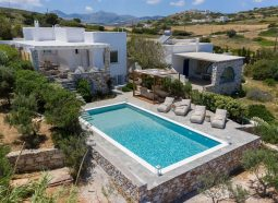 Villa_Mercury_in_Paros_by_Divine_Property