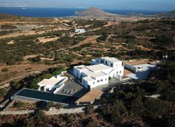 luxury_Villa_Manto_in_Paros_by_Divine_Property_12