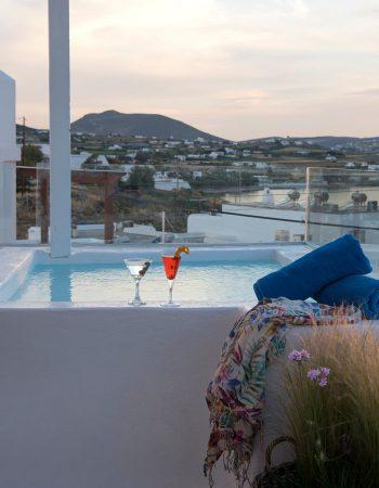 Ammos Luxury Rooms & Home